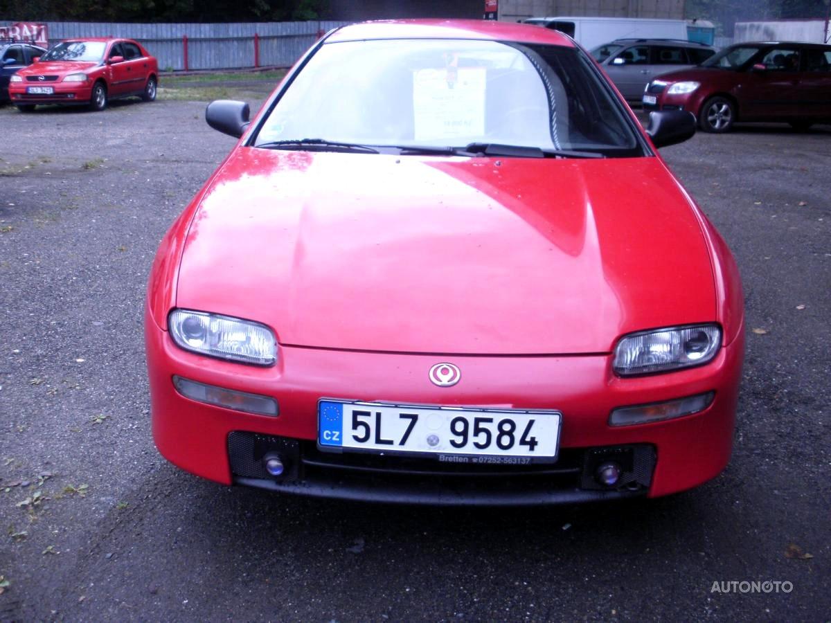 Mazda 323 F, 1994 - celkový pohled