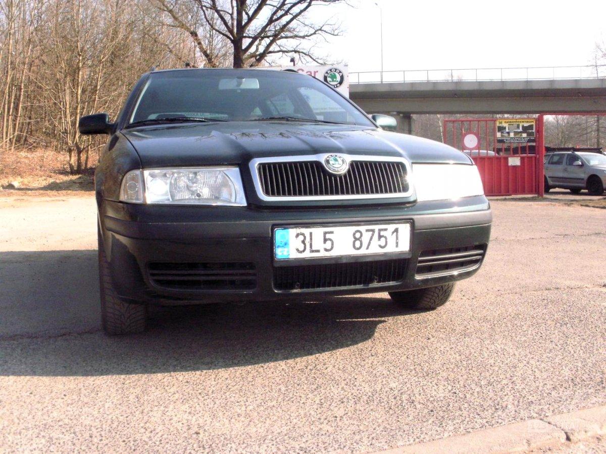 Škoda Octavia, 2003 - celkový pohled